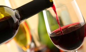 Quali valutazioni fare per acquistare un buon vino rosso